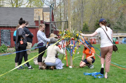 Getting the Maypole ready at Wakeman Town Farm