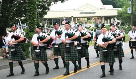 Festival Italiano Parade pipers